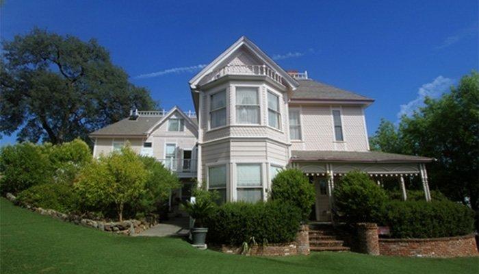Powers Mansion Inn in Auburn, CA