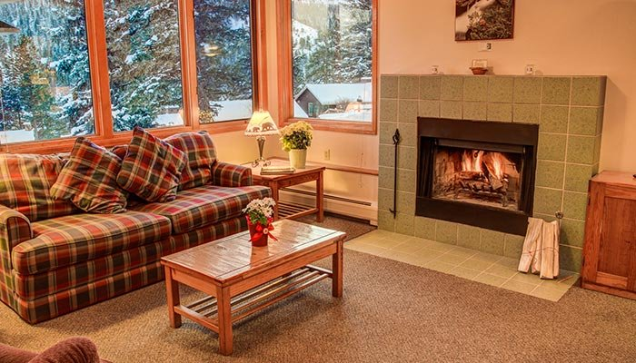 Sweetheart package at McGregor Mountain Lodge