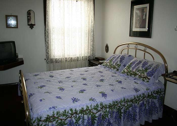 Traditional Room 8 at Argo Hotel in Crofton, Nebraska