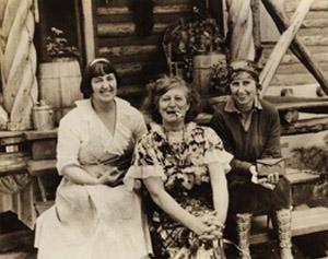 Mabel Dodge Luhan, Frida Lawrence, & Dorothy Brett,