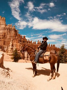Man on horseback at Bryce Canyon