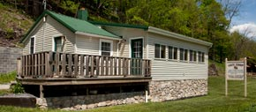 Smoke Hole Resort Family Lodging - The Cozy Coop