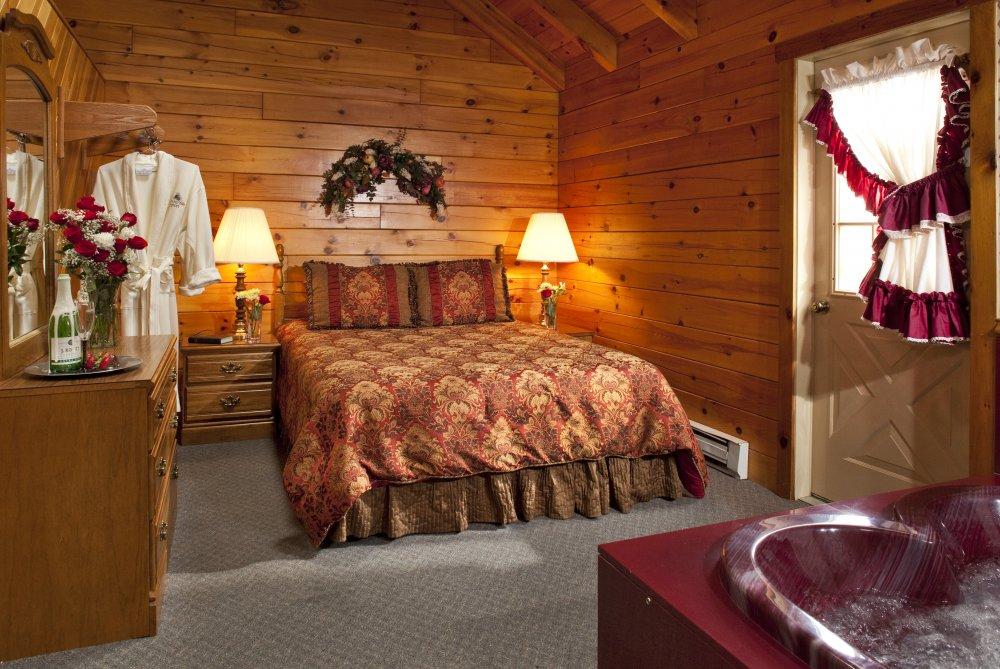 Smoke hole resort lodging and caverns in seneca rocks for Jackson hole wyoming honeymoon cabins