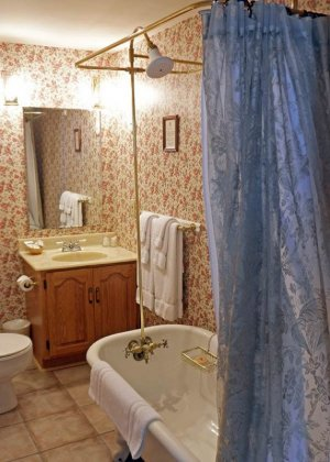 Bathroom at Hillsdale House Inn