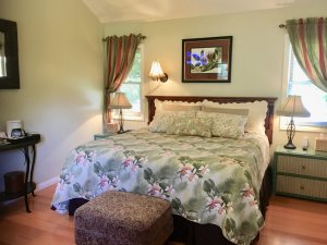 Canyons Bed and Breakfast Cabana Room