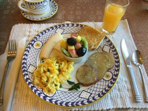 Canyons Bed and Breakfast eggs fruit potatoes english muffin breakfast