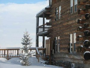 Syringa Lodge in the Winter