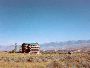 Syringa Lodge at a Distance
