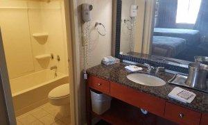 bathroom in double queen econ room