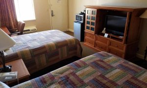 Television and furnishings in Double Room