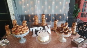 wedding reception donuts