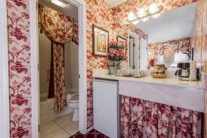 floral decor counter and shower