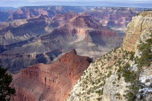 grand canyon cliffside