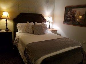 Olde World bed