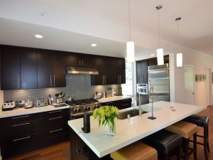 711 Donner at Woodfield Properties
