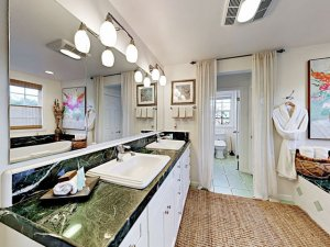 Maison De Calladonn at Woodfield Properties
