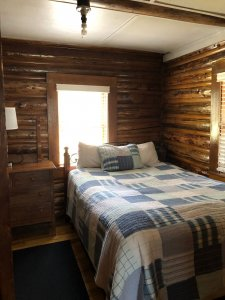 bed in cabin 3