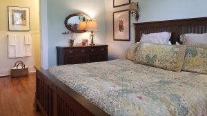 Winslow king bedroom with dresser