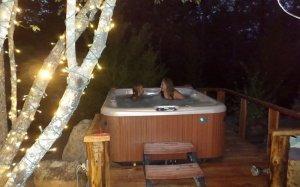 Hillbilly Hiltin Cabin Hot Tub