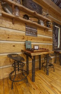 Hillbilly Hiltin Cabin Table