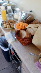 photo 2 of the breakfast bar