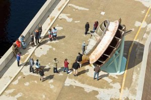 arial view of tourists on Glen Canyon Dam