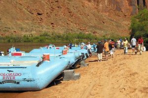 guide on raft trip Colorado River