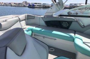 Wahweap Marina Boat Rentals