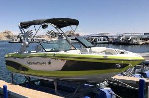 Mastercraft x-10 Wakeboard Ski Boat Rentals at Lake Powell