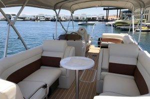 23' Pontoon Boat Rental Lake Powell