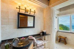 Bathroom sink and mirro