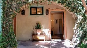Doorway to Grasshopper room