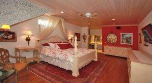 the Venetian Suite
