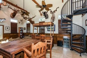 table and interior decor