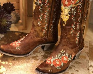Cowboy Boots with Flowers