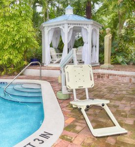 Accessible pool lift