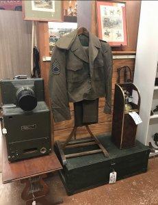 antque military uniform