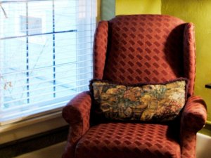 Red Sitting Chair with Pillow