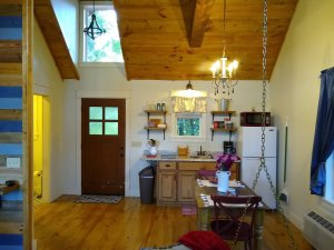 kitchenette with vaulted ceilings