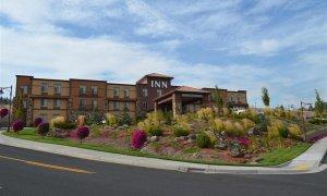inn at cross keys station hotel exterior
