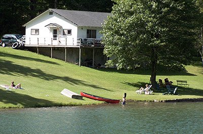 The Weyside Inn and Cottages | Lakeside Cottage