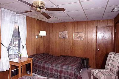 room in Weyside Inn and Cottages in Big Indian, New York