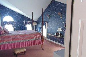 Gardener Room at William Seward Inn in Westfield, NY