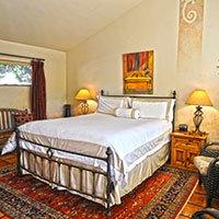 #11 room in Blue Iguana Inn in Ojai, California