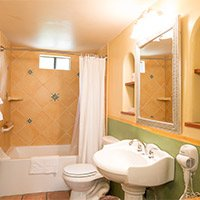 room 2 at blue iguana inn bathroom