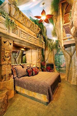 Mayan Rain Forest Room at Black Swan Inn in Pocatello, ID