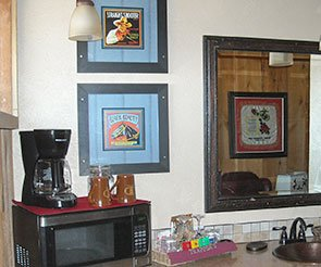 Amenities at Trappers Rendezvous Guest Cabins in Williams, Arizona