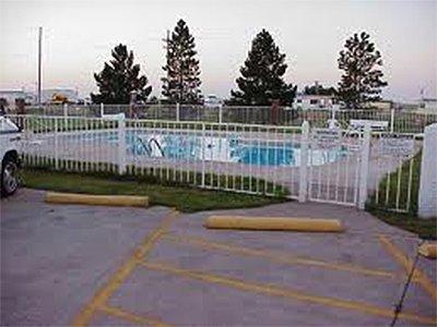 Kansas Country Inn Swimming Pool