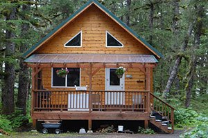 Brown Bear Cabin at Bears Den Cabins in Cordova, Alaska