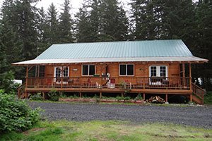 Kodiak Bear Cabin at Bears Den Cabins in Cordova, Alaska